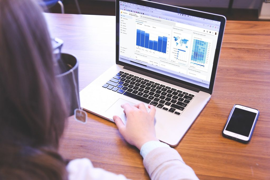 computer, statistics, traffic-5837248.jpg